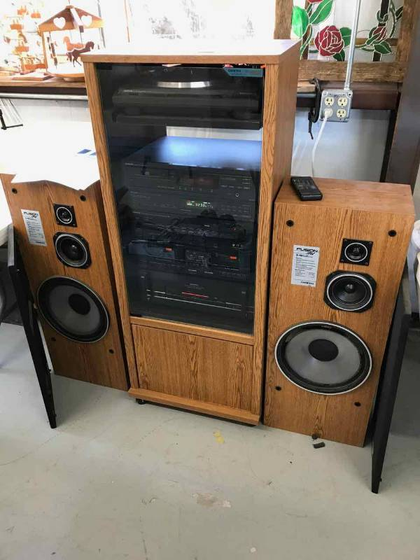 Onkyo Stereo System In Cabinet, (2) Speakers, Stand (see Video) | June  Online Multi Seller Auction Including Police Seizures And Local Estates |  TexasBid