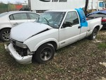 Storage Lien: Wrecked:  White 2001 Chevrolet S10 Pickup (1GCCS19W418110492) No Keys.