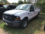 2006 Ford 250 Pickup, gas, white, mileage shows 76,981 (1FTNF20576EC24647)