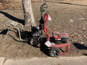 Craftsman 2700psi Power Washer 190cc (the red one only)
